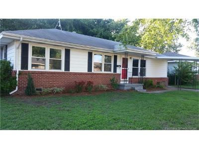 Sapulpa Single Family Home For Sale: 2020 S Mounds Street
