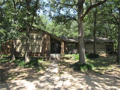 Catoosa Single Family Home For Sale: 422 Timbercrest Road