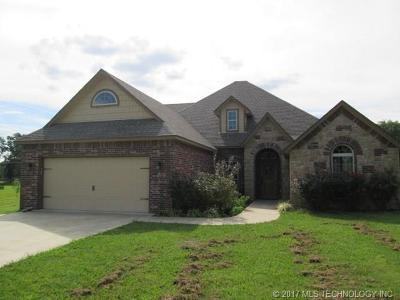 Fort Gibson OK Single Family Home For Sale: $259,000