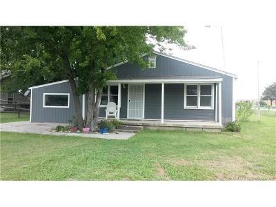 Owasso Single Family Home For Sale: 213 E 4th Avenue S