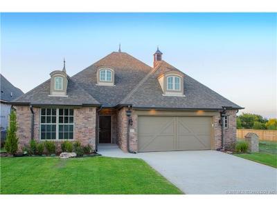 Tulsa Single Family Home For Sale: 4743 E 143rd Court S