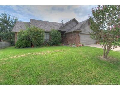 Glenpool Single Family Home For Sale: 13771 S Poplar Street