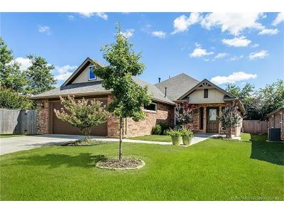 Jenks Single Family Home For Sale: 10713 Masters Circle