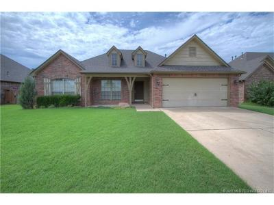 Jenks Single Family Home For Sale: 11008 S Madison Street