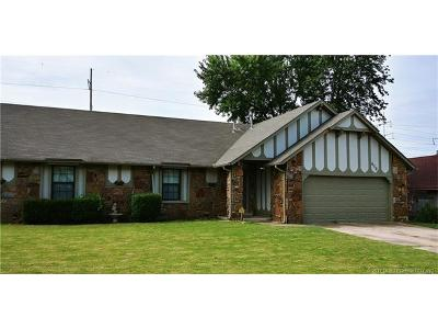 Jenks Single Family Home For Sale: 416 W 115th Court S