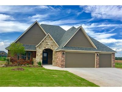 Jenks Single Family Home For Sale: 453 E 129th Place S