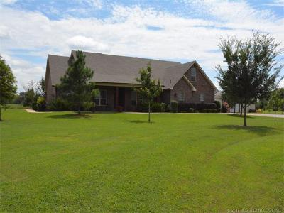 Okmulgee Single Family Home For Sale: 14200 N 246th Road
