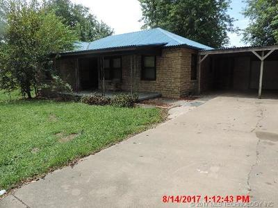 Claremore Single Family Home For Sale: 12370 S Andy Payne Boulevard
