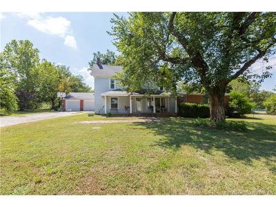 Skiatook Single Family Home For Sale: 4654 W Country Road