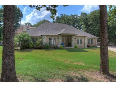 Sand Springs Single Family Home For Sale: 211 S 174th West Avenue