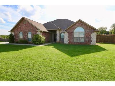 Single Family Home For Sale: 12384 County Road 3593