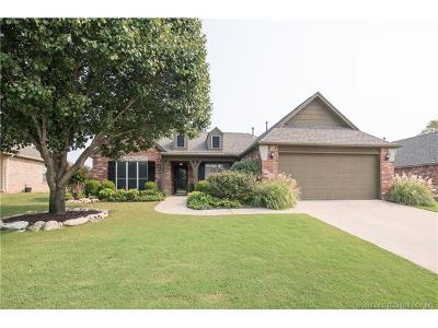 Owasso Single Family Home For Sale: 15207 E 88th Place North