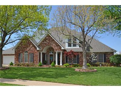 Broken Arrow Single Family Home For Sale: 516 Fairway Court