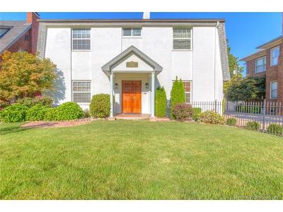 Tulsa Single Family Home For Sale: 2262 S Troost Avenue