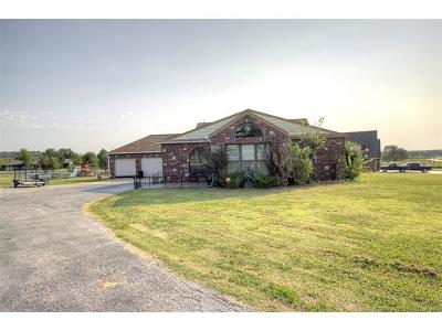 Skiatook Single Family Home For Sale: 3083 W Country Road