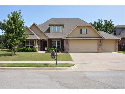 Jenks Single Family Home For Sale: 2006 W 110th Court S