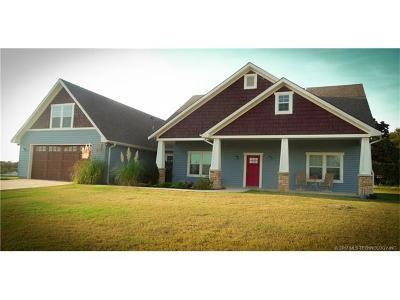 Single Family Home For Sale: 7376 E 149 Street