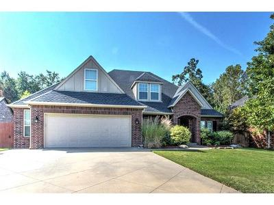 Sand Springs Single Family Home For Sale: 722 W 39th Street