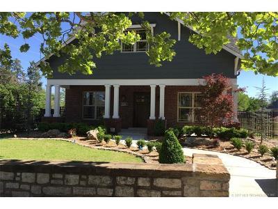 Tulsa Single Family Home For Sale: 2336 E 17th Street