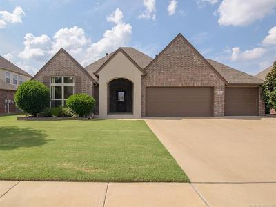 Owasso Single Family Home For Sale: 9100 N 94th East Avenue
