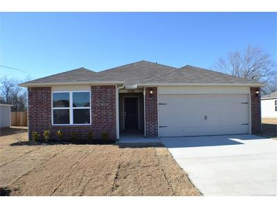 Owasso Single Family Home For Sale: 10706 N 100th East Avenue