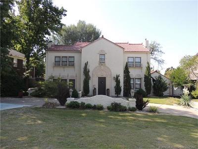 Tulsa Single Family Home For Sale: 2106 S Saint Louis Avenue