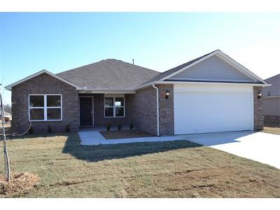 Coweta Single Family Home For Sale: 14737 S 274th East Avenue