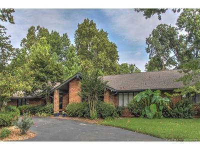 Tulsa Single Family Home For Sale: 3151 E 38th Place