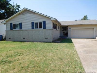 Tulsa Single Family Home For Sale: 3010 S Joplin Avenue