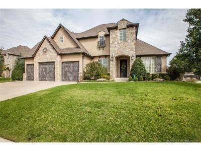 Tulsa Single Family Home For Sale: 9475 E 108th Place S