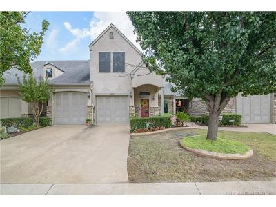 Owasso Condo/Townhouse For Sale: 10307 N 139th East Avenue