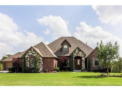 Sapulpa Single Family Home For Sale: 581 E Lakeview Drive