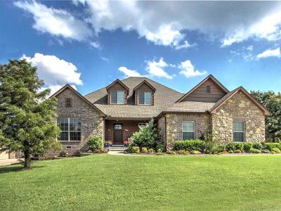 Sand Springs OK Single Family Home For Sale: $329,900