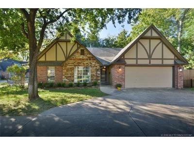 Tulsa Single Family Home For Sale: 5512 S Columbia Court
