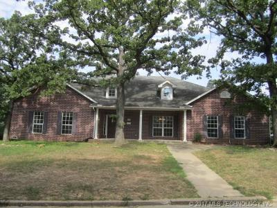 Osage County, Rogers County, Tulsa County, Wagoner County Single Family Home For Sale: 1050 N Elder Court