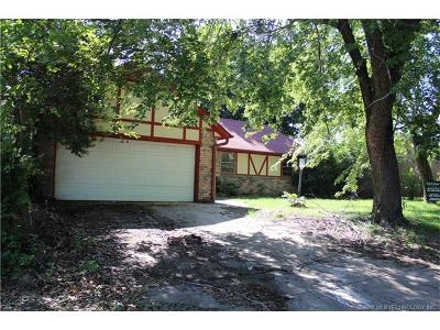 Sand Springs Single Family Home For Sale: 4911 Redbud Drive