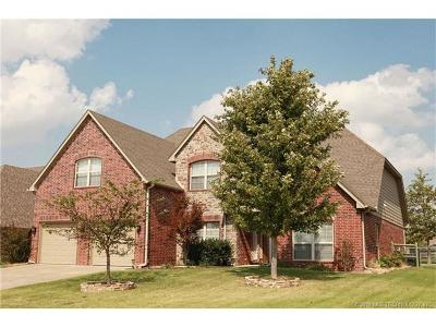 Broken Arrow Single Family Home For Sale: 1616 W Vail Street