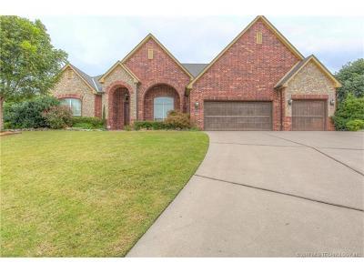 Broken Arrow Single Family Home For Sale: 4401 N Oak Avenue