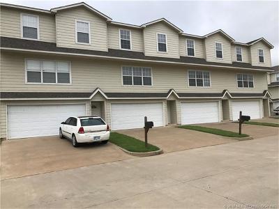 Tulsa Multi Family Home For Sale: 6710 S Utica Place