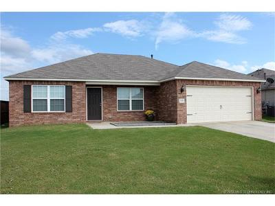 Claremore Single Family Home For Sale: 23011 S Jewell Drive