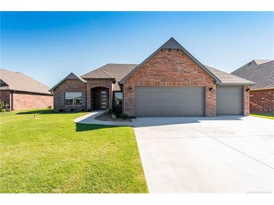 Collinsville Single Family Home For Sale: 13272 E 137th Street N