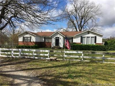Ada OK Single Family Home For Sale: $125,000