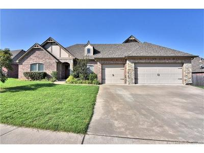 Owasso Single Family Home For Sale: 9308 N 95th Avenue