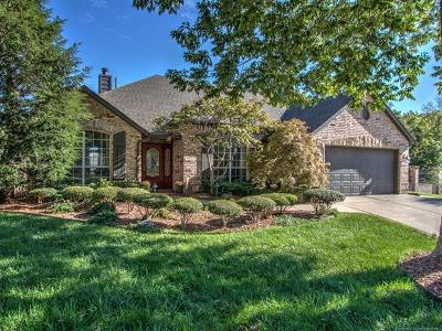 Broken Arrow Single Family Home For Sale: 1900 W Broadway Street