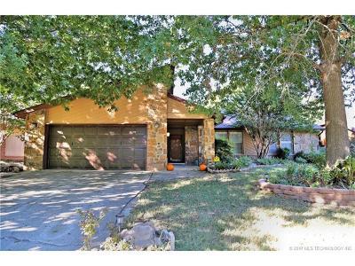 Tulsa Single Family Home For Sale: 7415 E 77th Street