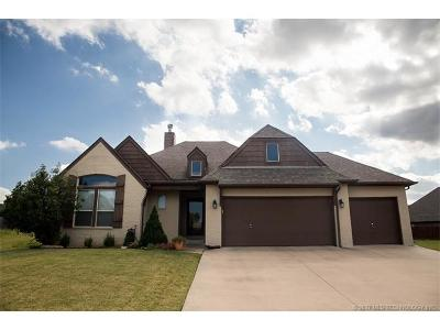 Broken Arrow Single Family Home For Sale: 909 W Fargo Drive