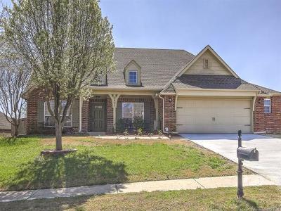 Broken Arrow Single Family Home For Sale: 7403 E Knoxville Street