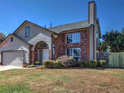 Broken Arrow Single Family Home For Sale: 1704 S Butternut Avenue