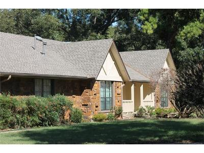 Catoosa Single Family Home For Sale: 302 Cedar Ridge