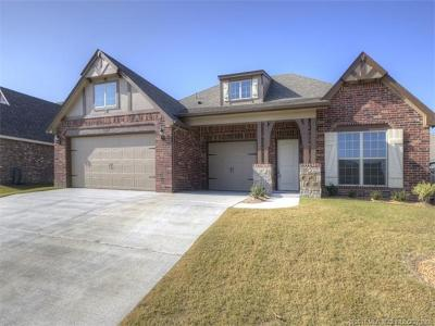 Bixby Single Family Home For Sale: 13210 S 20th Street